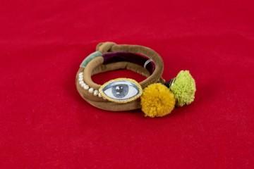 Nefeli Karyofilli Velvet brown eye