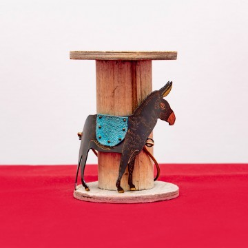 Nefeli Karyofilli Donkey bracelet
