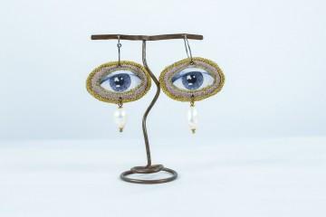 Nefeli Karyofilli Golden eye earrings (and some lilac)