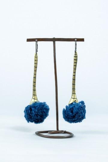 Nefeli Karyofilli Fluffy drops earrings (blueberry)